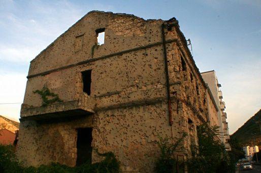 Edificion en ruinas en Mostar