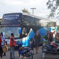 Autobus Lomprayah