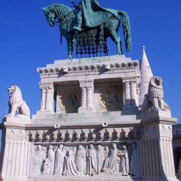 Estatua de San Esteban