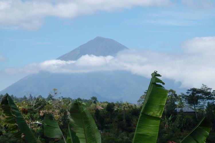 Volcán Anung