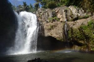 Tenungan Waterfall